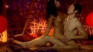 16 вариантов позы «Наездница» (женщина сверху). Секс Гид (18+)