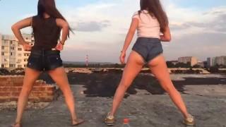Эротический танец от молодых девушек. Тверкинг.