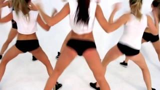 Красивые девушки танцуют эротический танец Тве́ркинг